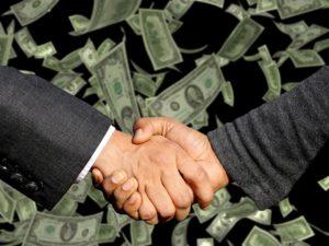 """Was halten Sie von den Korruptionsvorwürfen gegen einige Politiker, """"dank"""" Corona?"""